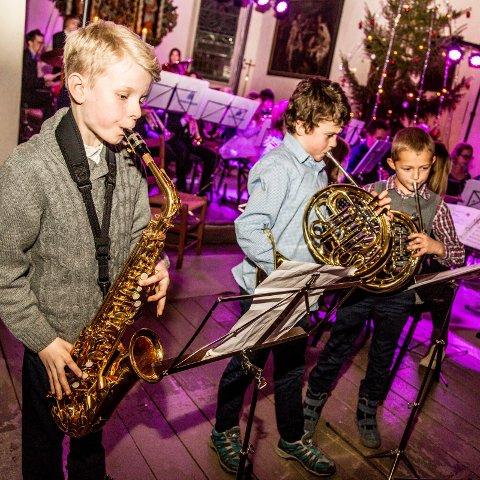 Noen av Tjøme skolemusikks musikanter fra en tidligere konsert.
