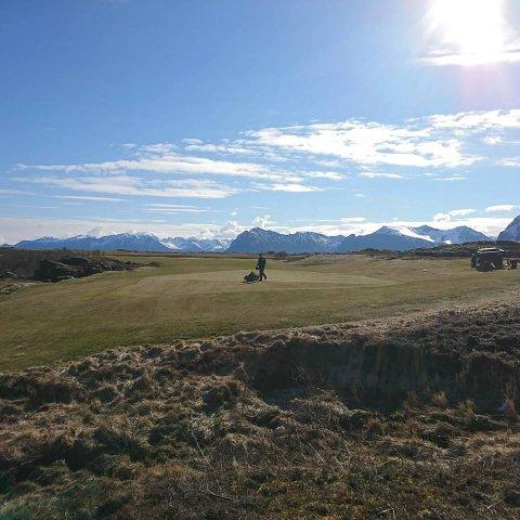 UNIK: Sleneset golfpark kan utvides til 18 hull og bli en turistattraksjon i framtida, mener Sleneset golfklubb.