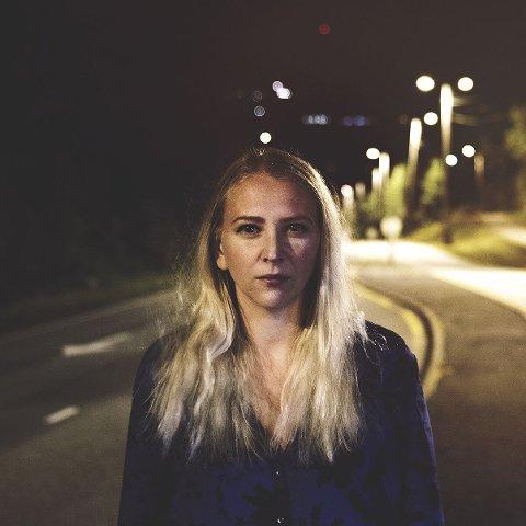 Marthe Valle: Er aktuell med sin sjette plateutgivelse RO/URO og ser fram til å sette stemning i låven på Kroglia.