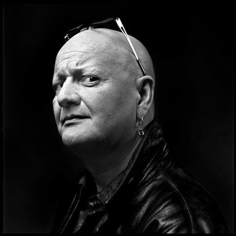 PÅ FLERE STRENGER: Gitarist Frode Alnæs inntar Bassgarasjen sammen med lokale jazzmusikere lørdag.