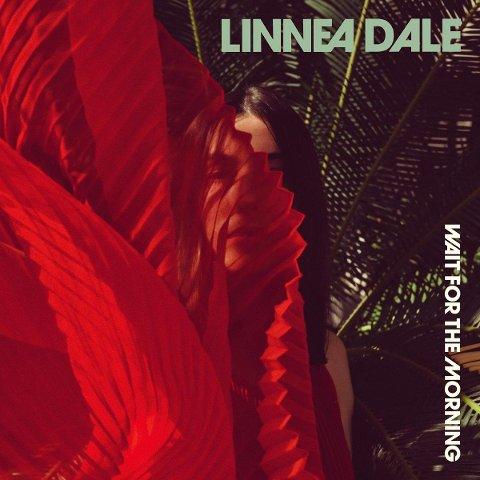 ALBUMART: Linnea Dales nye album ser slik ut, og Linnea er fotografert av Marianne Skay.