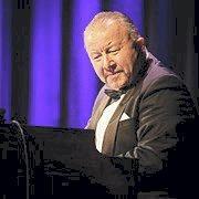KOMMER: Orgelfantasten Palle «Groove» Wangberg kommer til «Mulens Kafe» i Sekkefabrikken onsdag kveld.