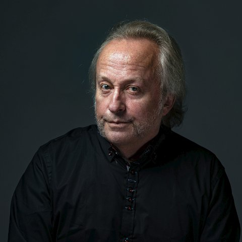 Levi Henriksen: Kommer til Prestegården. Foto: Nils K. Johansen