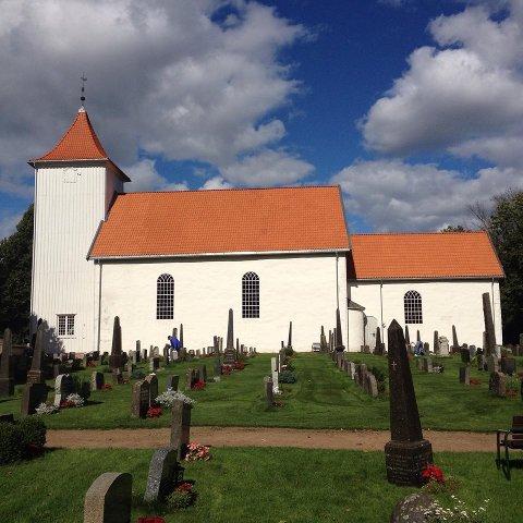 KONFIRMASJONER: Den andre helgen i september er det klart for konfirmasjoner i Sande kirke.