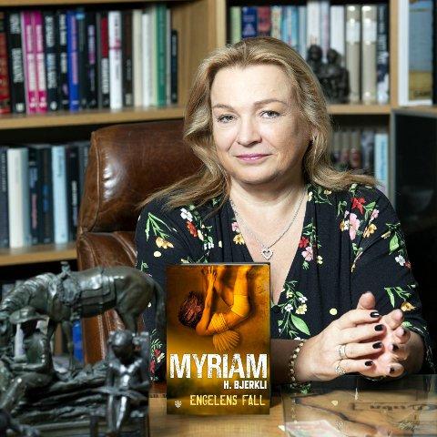 MÅTTE AVLYSE: Myriam Halden Bjerkli kunne ikke ha boklansering for sin nye krimroman, «Engelens fall», heller. Det er den tredje lanseringen hun har måttet avlyse. PRESSEFOTO: Ellen I. Jarli