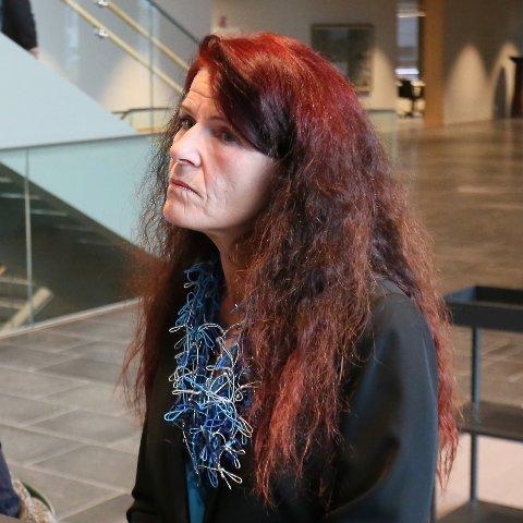 FNB: Ellen Karin Moen sier at det er opp til hovedstyret om de vil oppheve eksklusjonen av henne.