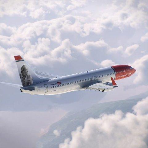 Haleheder: Roald Dahl har fått sitt portrett på et Norwegian-fly.Foto: Norwegian Air