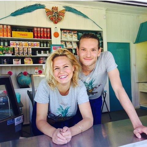 Kiosk på Høysand: Miriam Andrea Jøms og Frank Van De Pol åpner sesongen for Palma Kiosk og Kaffebar på skjærtorsdag.