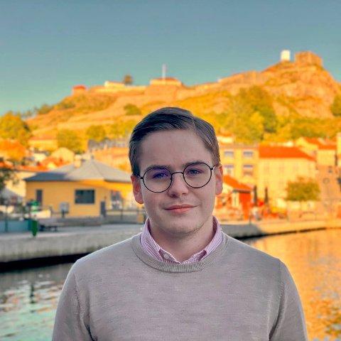 Simen Murud Gundersen, stortingskandidat for Østfold Høyre og AU-medlem i Østfold Unge Høyre. (Foto: Ole Marius Staal Torvmark)