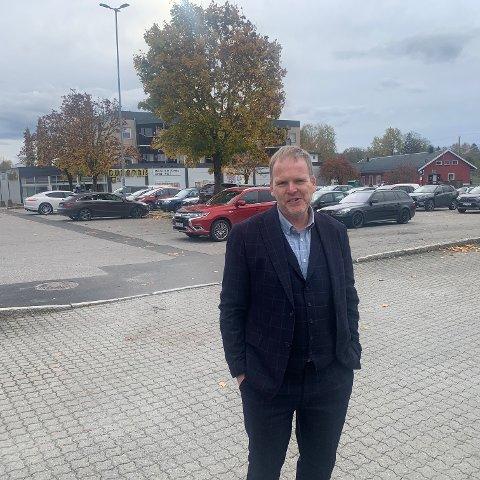 Kommunedirektør Georg N. Smedhus opplysert at Indre Østfold kommune nå vurderer å legge flere populære tjenestetilbud til Sagtomta.