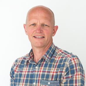 VIL VERTA REKTOR: Førsteamanuensis Gunnar Yttri (53) ved Høgskulen på Vestlandet, avd. Sogndal er ein av sju søkjarar til jobben som ny rektor for høgskulen.
