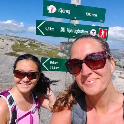 Eileen Young Haga takker venninnen Kristine Hiim for at hun har vært en så viktig og stabil støttespiller.