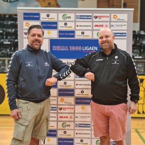 Svein Gaute Hølestøl (t.v) blir ny daglig leder i Sola Håndballklubb. Styret i klubben, her representert ved nestleder Alexander Olafsrud, er storfornøyd med signeringen.