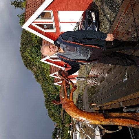 Egil Rossavik forvaltar vikingskipet «Tyra» for Gjedebo-familien.