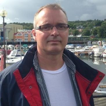 Tom Strømstad Olsen, Medlem av Vestfold Fylkes Trafikksikkerhetsutvalg, ber trafikanter være ekstra oppmerksomme ved skolestart.