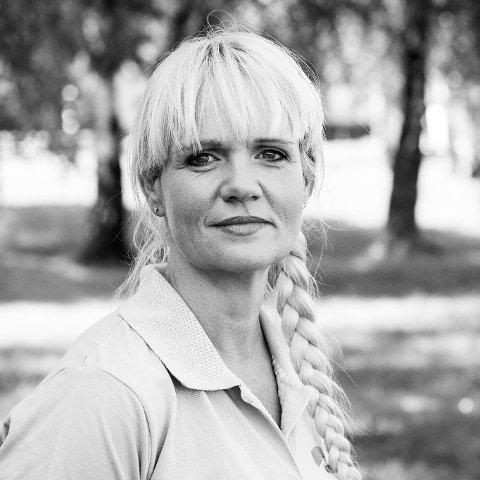 Kristin Surlien mener at likestilling starter i hverdagen.