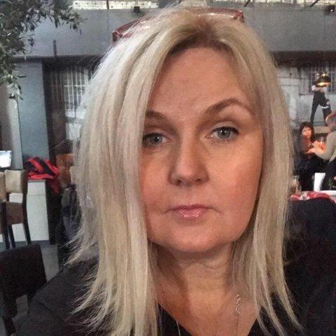 Aase Hoftun Lillelien håper ungdomsforeldre vil stå sammen framover. Og gjerne også alle andre.