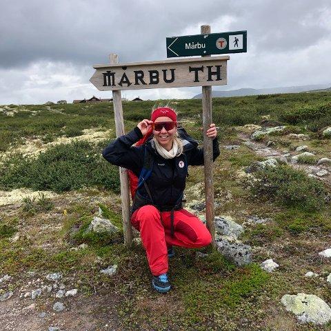 FJELLHEIM: Linda reiser rundt i Norge for å finne kurante turdestinasjoner.
