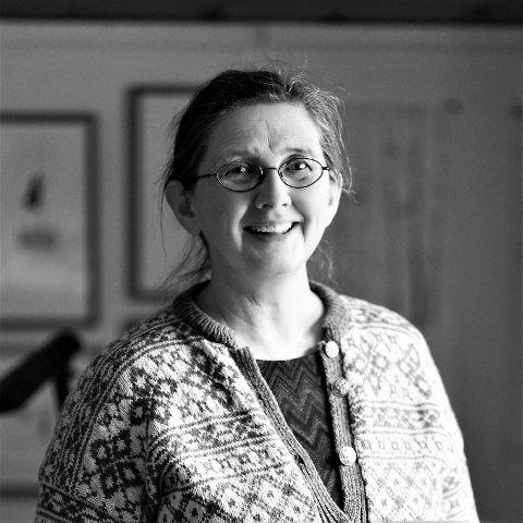 KUNSTNER: Borghild Telnes mottok stipend for husflid og håndverk på 60 000 kroner.