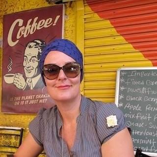 REAKSJON: Det var først da Helga Solbakken hadde operert bort føflekken med kreft, at reaksjonen kom og alvoret gikk opp for henne. Da befant hun seg her i India på jobbreise.