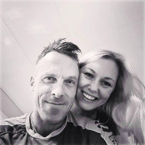 TØNSBERG-PAR: Anders Aukland har flyttet hjem til Tønsberg etter mange år i Oslo og Bærum. Gina Korneliussen er hans nye kjæreste.