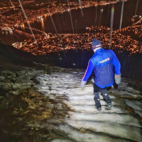 KLINK-IS: Slik så det ut da Rune Stoltz Bertinussen og turkameraten gikk ned Sherpatrappa tidligere denne uken.