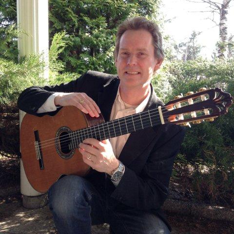 Trond Davidsen gjestar Vang på Den klassiske gitarens dag 4. februar. Han vil  spele både solostykkje og duettar med Oddbjørn Skeie.