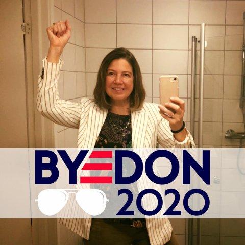 Glad: Norskamerikanske Kyrsten Ann Stalheim Rogn er så glad for at Biden blir USA sin neste president.