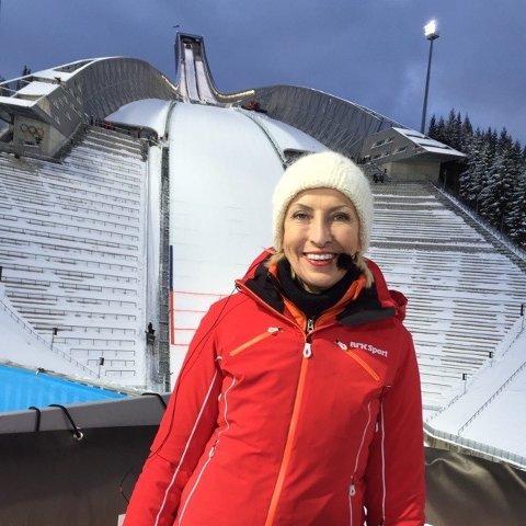 I Kollen: Karen-Marie Ellefsen har kommentert mange ulike sportsgreier, blant annet hopp, som her i Holmenkollen.