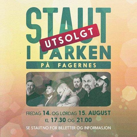 UTSOLGT: Plakaten for årets parkkonserten merket med utsolgt.