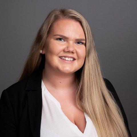 BEDRE KONTAKT: Bergljot Oldre (Sp) i hovedutvalg for utdanning i Innlandet fylkesting, gleder seg til å få bedre kommunikasjon med lærlingene i fylket.
