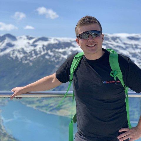 JOBBTILBUD LOKKA: Espen Tvenge Fønhus fikk jobb som ingeniør heime i Sør-Aurdal da han var ferdig med studier på Gjøvik.