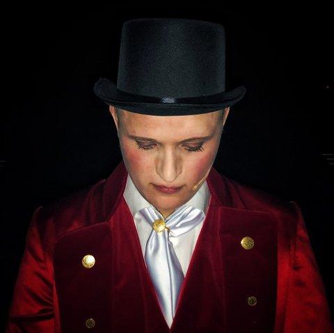 FINALEN:Kasper Nilsson i intens konsentrasjon før finalenummeret; The greatest show fra musikalen The greatest showman.