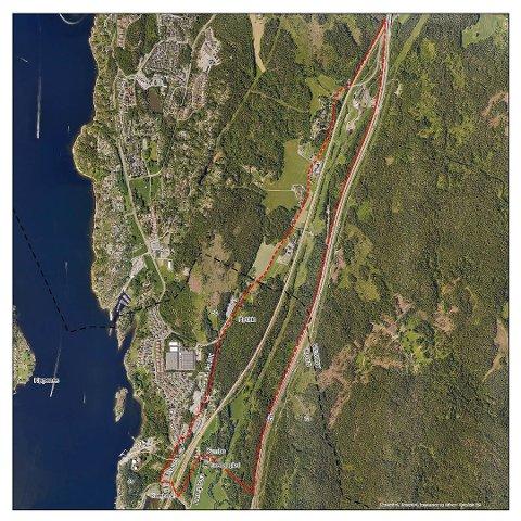 BEGRENSE PLANEN: Slik ser Bane Nors planer for togparkering på grensen mellom Moss og Vestby ut. Vestbypolitikerne har enstemmig vedtatt at planene må begrenses til området mellom jernbanen og E6.