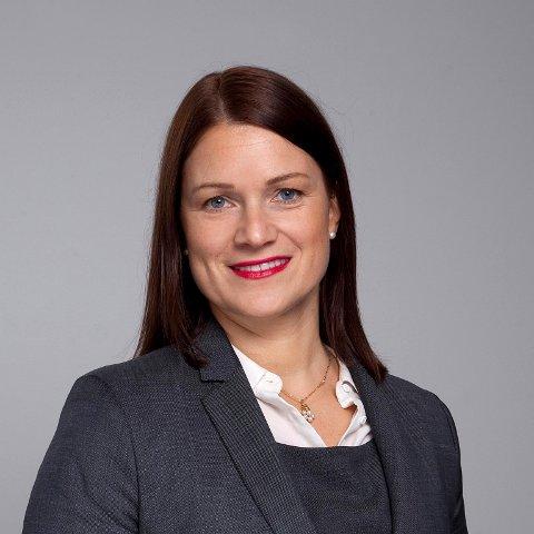 IKKE TILFELLE: Administrerende Direktør i Regnskap Norge, Christine Lundberg Larsen, mener at det ikke er riktig at det er vanskeligere nå enn før å få seg jobb som regnskapsfører.