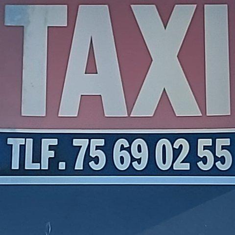 Taxien i Saltdal stanset etter mistanke om koronasmitte.
