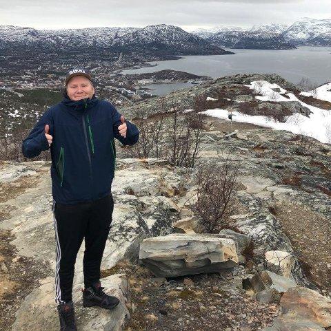 LANGT NORD: Sture Ellingsen Tengesdal fra Egersund trives godt i Alta, hvor han har bodd i snart fem år.