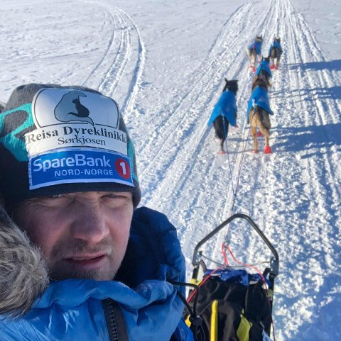 RYSTET: Hundekjører Jim-Ove Pedersen er skremt over hendelsen der noen ødela bremsene på kjøretøyet han bruker til hundetrening i Reisadalen.