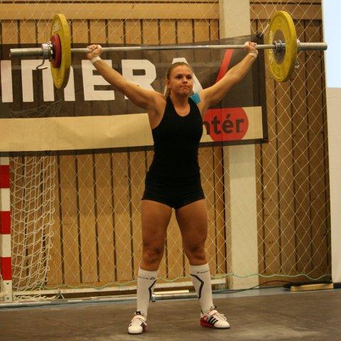 FRA HAUGESUND: Elina Vassbrekke (23) representerte også Haugesunds Vektløfterklubb i Vestlandsmesterskapet lørdag.