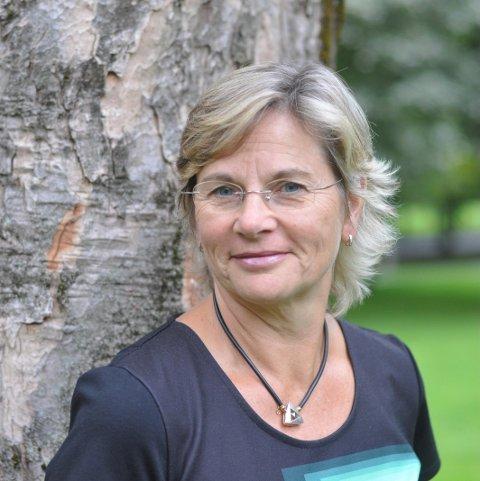 BRED BAKGRUNN; Anna Marion Persch har bred erfaring og kompetanse som hun nå tar med seg inn i stillingen som kommuneadvokat i Lier kommune