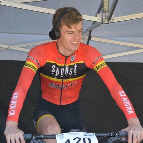 BESTE RAKSTING: Sindre Skaug sykler for Halden CK men kommer fra Rakkestad.