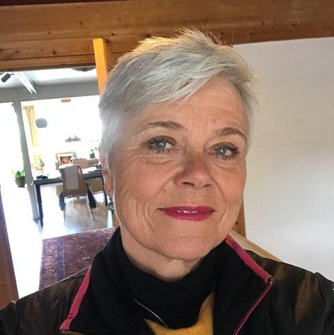 BERIT I DAG: Berit Kjeldsberg (65) budde i Florø i 14 år før ho flytta tilbake til Trondheim for å forvalte kaffiarven.  I dag er ho pensjonist og følgjer framleis draumane sine.