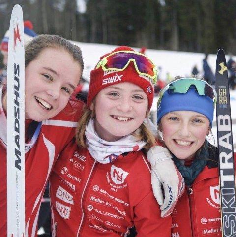 Disse tre Nordre Land-jentene tok hver sin KM-tittel i fellesstart skiskyting på Lillehammer lørdag; fra venstre: Anne Birgit Dokken, Sara Agnethe Granvang Tronrud og Lene Jøranli.