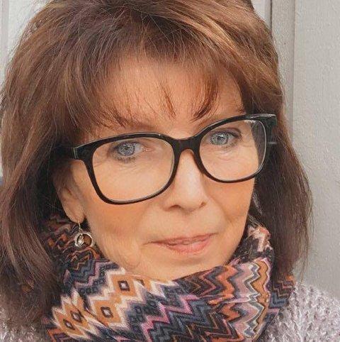 Lever med klor-lukt: Marit Nyland Aalerud synes klorlukten har forverret seg de siste 1-2 ukene.