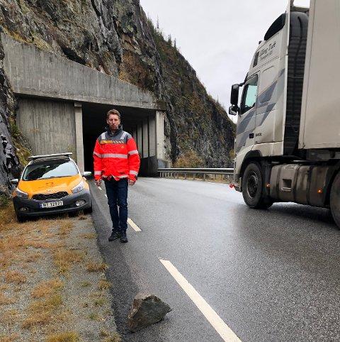 Meget godt fornøyd: Fem entreprenører og arbeidsfellesskap vil bygge ny E16 gjennom rasutsatte Kvamskleiva i Valdres. Det er byggeleder Edvin Rye meget godt fornøyd med.