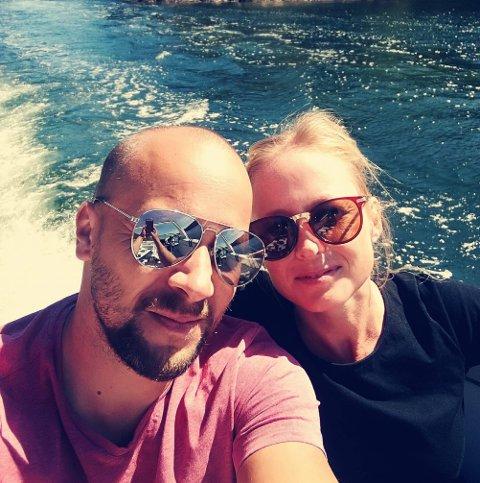 MUNNBIND-UNNTAK: Marit Elisabeth Tangen og mannen Ronny Holmberg reagerer på ansatte som ikke tenker seg om. FOTO: Privat