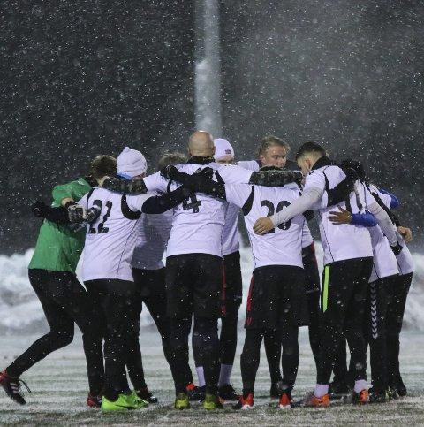 Treningskamp: Tyssedal A-lag spela onsdag heime mot Voss 2 i snøen. Til våren skal dei møte OFK i serien. foto: Inga Øygard Jaastad