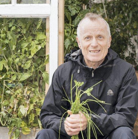 Arnt Åge Mathisen (64) fra Nittedal måtte slutte i jobben da han fikk demens. Oppholdet på Aaraastunet reddet den nye tilværelsen med sykdommen. Foto: Marte Nordahl