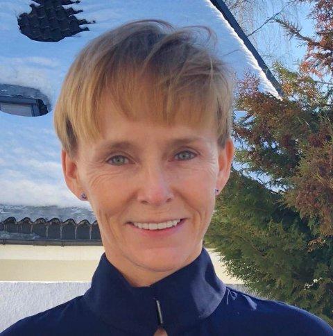 DØMT FREDAG: Laila Anita Bertheussen (55) er funnet skyldig i angrep på demokratiet. Hun sendte selv flere trusselbrev og begikk hærverk på egen bil og bolig, mener retten.