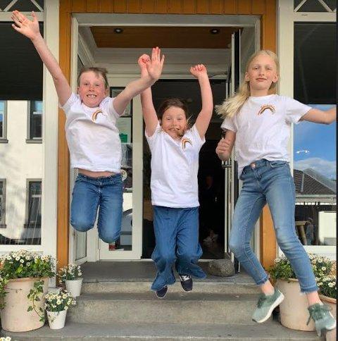 GLEDE: Hoppende glade over all støtten! Fra venstre; Hedvig Carlsten Hill-Jensen, Augusta Louise Geirsdatter Titlestad og Emma Andersen